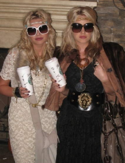 Mary Kate and Ashley Olsen Halloween Costumes