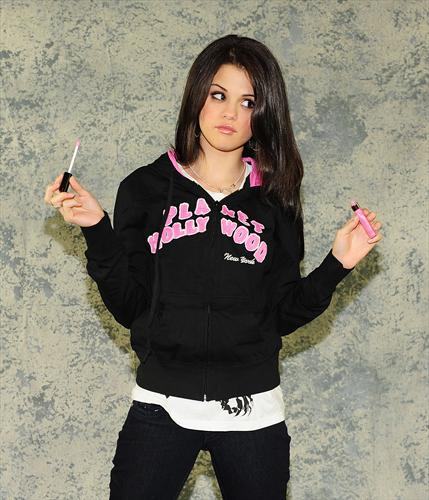 In her OK magazine photoshoot, Selena Gomez dishes on romance, fashion,