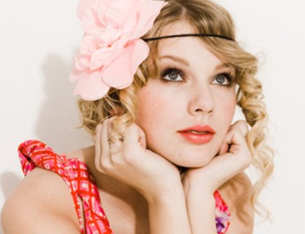 Taylor Swift Seventeen Stunning » taylor-swift-seventeen-magazine