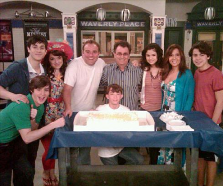 wizards of waverly place cast. Last Day Of Wizards Of Waverly